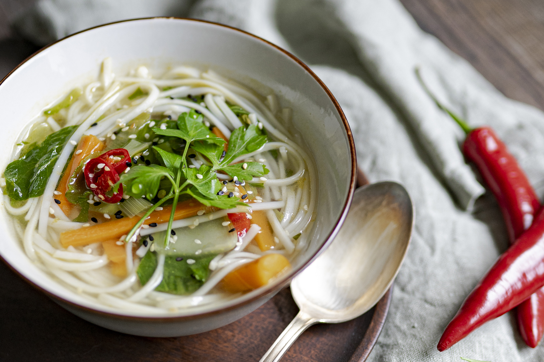 Heimatgemüse Asia-Gemüse-Suppe regional und saisonal